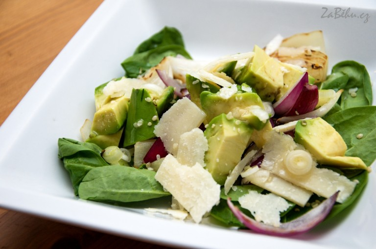 Salat S Konopnym Seminkem